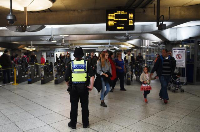 على قناة الان: شقيق المشتبه السوري به في احداث مترو لندن ينفي علاقته بالارهاب