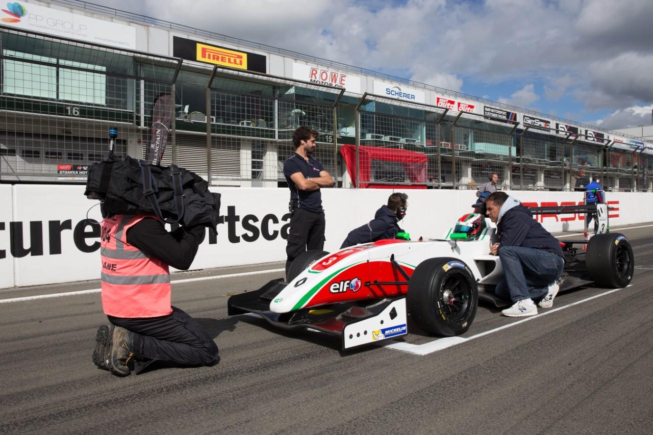 """سباق السيارات """"فورمولا رونو 2.0: المغربي ميشيل بنيحيى يحافظ على مركزه الثالث ويطمح للأفضل"""