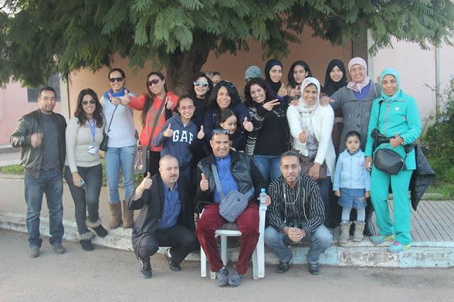 صورة جمعية انسان بلا حدود والرابطة الدولية للإعلاميين المغاربة في زيارة لنزلاء تيط مليل لحظات فرح خلف عبرات حزن