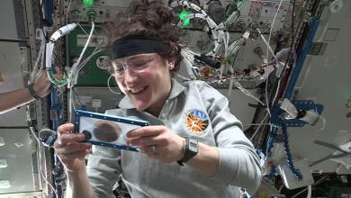 صورة بالفيديو- في سابقة من نوعها كوكيز رقائق الشوكولاتة لفنادق دبل تري باي هيلتون يخبز في الفضاء